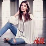 Eté 2015 : Ophélie Guillermand pour H&M par Victor Demarchelier.